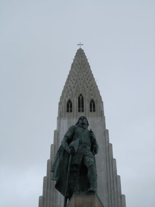 Closer view of the Statue of Leif Erricson